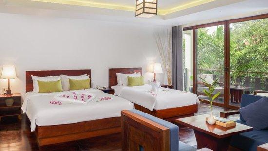 rooms-suites/grand-family-suite.jpg